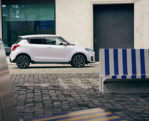 Swift-Sport-nu-als-Smart-Hybrid