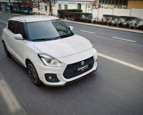 nu-bij-de-dealer-Suzuki-Swift-Sport-nu-als-Smart-Hybrid