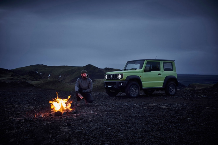 Jimny-Professional-by-night